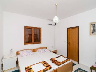 #GUESTHOUSESOBRA Double room close to beach