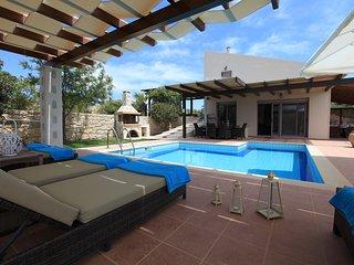 Villa Maffeo, Privatpool, Traumsicht auf die Ägäis und die Berge