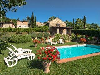 Casa San Lorenzo - Delightful stone-built villa in Tuscany