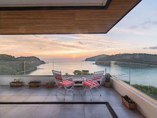 Casa Sueno Real Luxury Modern Villa with Amazing Ocean View