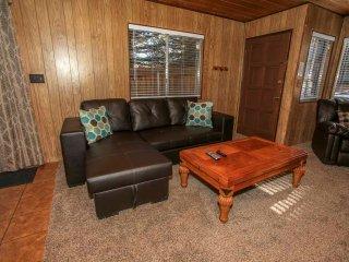 ~4 J's Cabin #1728~