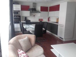 la Bagatelle 3 chambres 8 personnes moderne et spacieux au calme parking gratuit
