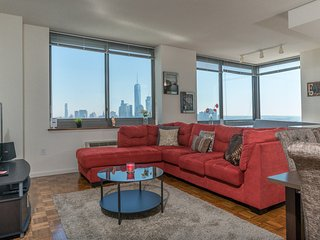 BREATHTAKING NYC SKYLINE VIEWS,2B 2BA,BEST APT-ZEN SUITES-44QA