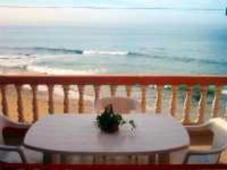TAGHAZOUT DIRECTLY ON BEACH APPARTMENT NO.2