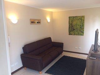 Arriendo casa en condominio Los Robles