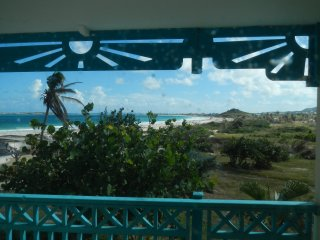 Survived Irma! Studio With Ocean View Balcony on Orient Beach