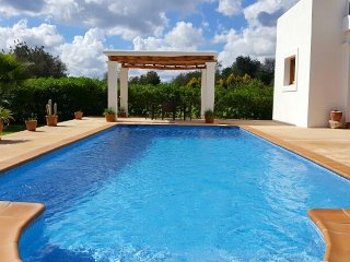 VILLA MORNA: Free Wifi, private pool and mountain view