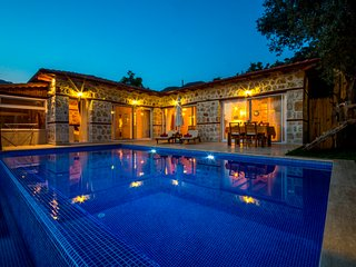 Villa Zeytinli Kosk, for a Perfect Romantic Honeymoon, KAV401