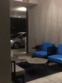 Lobby for drop off and Uber/Grab/Taxi waiting area
