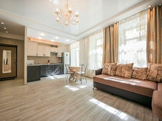Light cozy apartment near Nevsky Prospect