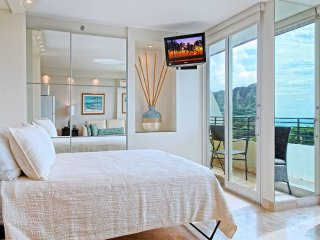 Studio w/2 Private Ocean & Diamond Head View Lanais! AC, WiFi