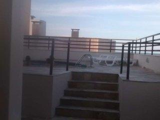 Apartamento Playa con piscina. 6 personas