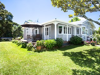 Matakana Village Cottages - The Bungalow