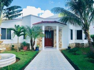 Casa Rosemarie, Cancun Mexico