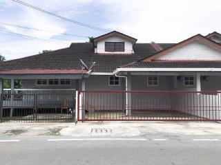 Kuching Guesthouse Singgah Selesa B