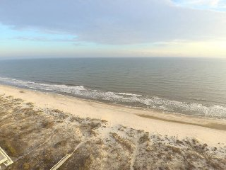Gulf Front!  What-A-View II ( East & West) 7 br/5 ba