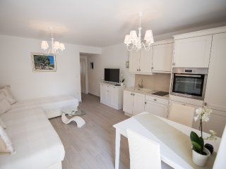 White Orchid M4, lovely studio for 3 people