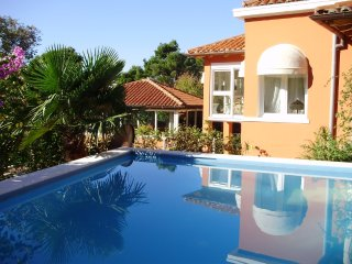 Holiday House Villa Ruby with pool by the sea in Mlini close to Dubrovnik