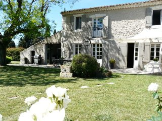 LS1-106 AUTENTICO, Charming and calm property, in Saint Remy de Provence
