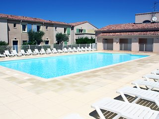 LS1-294 OUCEAN,Charming rental with shared-pool in the Alpilles.