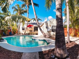 Sandy Feet Beach Retreat in Downtown Delray