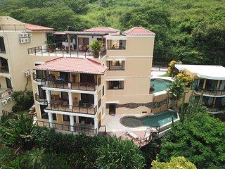 ARRIBA - Coco Cliffs Condominium
