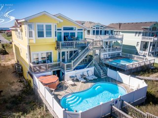 Pebble Beach: 8 BR / 9.5 BA eight bedroom house in Nags Head, Sleeps 18
