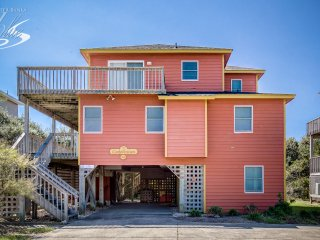 Carolinian | 382 ft from the beach | Hot Tub, Dog Friendly, Community Pool