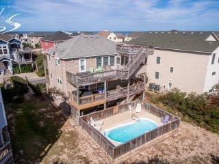 B's Dream: 6 BR / 4 BA six bedroom house in Corolla; sleeps 15
