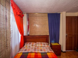 Private room laundry incl. in central Quito