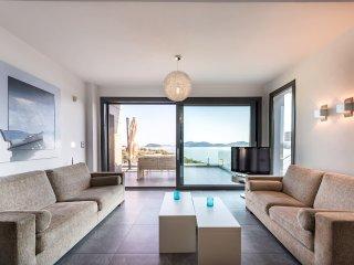 Villa Evian - Luxury Villa with a Pool by the Sea!!!