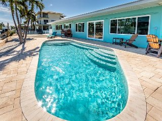 3 bedroom, pool, canal one house from open water and snapper!