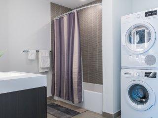 PREMIUM BRAND NEW 1 BEDROOM APT, STATUE OF LIBERTY VIEWS -ZEN SUITES- 19QA