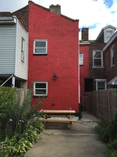 3 bedroom Victorian house in trendy Lawrenceville