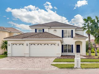 Huge Luxury Executive Pool Home in Guarded, Gated Community