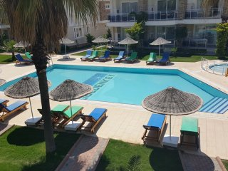 2 Bedroom apartment with pool in Calis Beach
