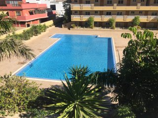 La Perla: Sea View and Pool (family apartment). Totalmente nuevo, a estrenar.