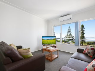 SOUTH PACIFIC APARTMENTS-SYDNEY#2 Great Location by the Beach, Close to CBD