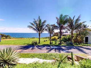 Colorful, welcoming home w/ shared pool and ocean views - walk to the beach!