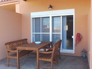 Bonito y cómodo adosado a 300 metros de la playa en Zahara de los Atunes