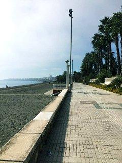 Solkustens längsta strandpromenad