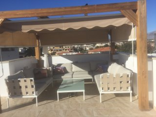 Albir lovely one bedroom apartment with great views and plenty of outside space