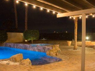 Luxury La Quinta Oasis - 4 Bd, Saltwater Pool & Spa, Golf, Relax, Retreat