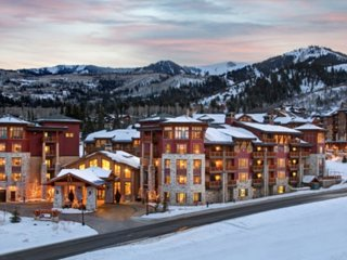 Romantic ski lodge on Park City Mountain
