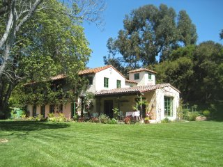 Fabulous Mediterranean Estate! 20% OFF April Dates!!!