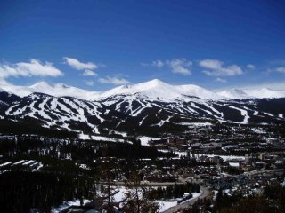 Valdoro Mountain Lodge 2br/2 bath February 17 to February 21 2018 Breckenridge