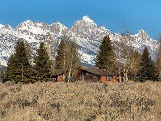All season retreat! Grand Teton National Park with Teton views.
