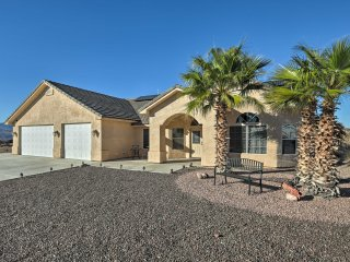 Bullhead City Home w/Mtn Views, Custom Pool & Spa