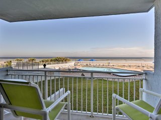 NEW! Oceanfront 2BR New Smyrna Beach w/Comm Pool!