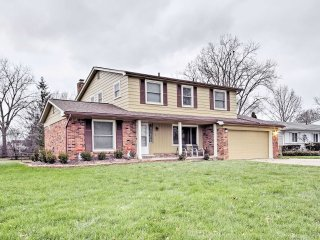 Spacious Southfield Home w/Porch, Grill & Fire Pit